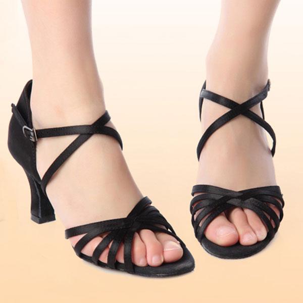 Clothes, Shoes & Accessories > Dancewear & Accessories > Women's Dance